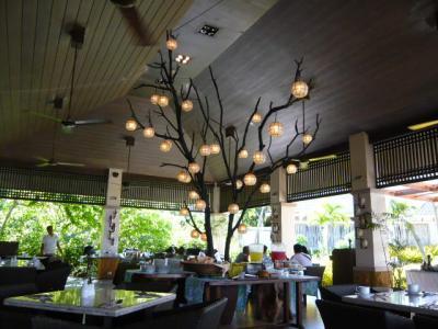 アロナビーチ「Amorita Resortの朝食」2