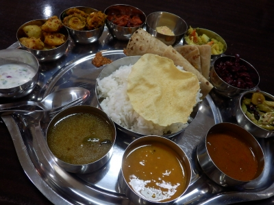ジョージタウン「thali NR sweets cafe」3