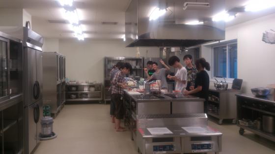2014夏合宿 厨房(縮小済)