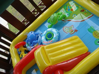 2011_07_Pool