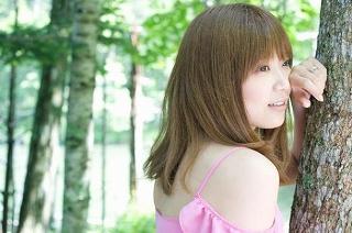 s-news_large_ayaka_01.jpg