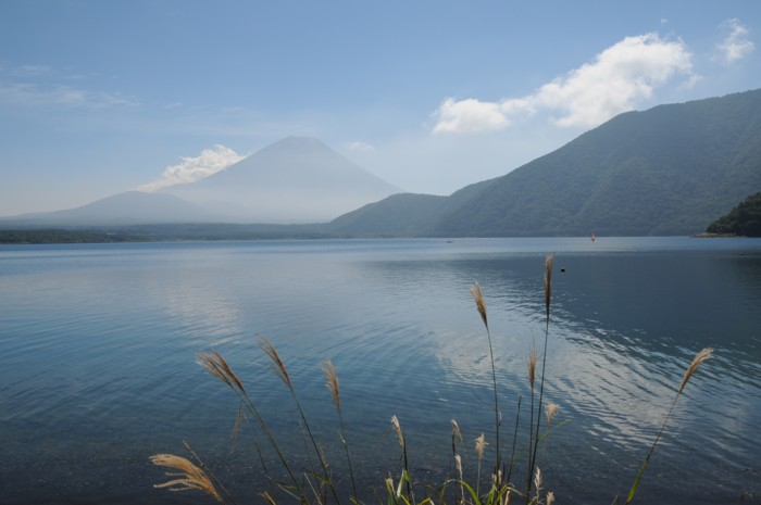 6937秋の本栖湖。