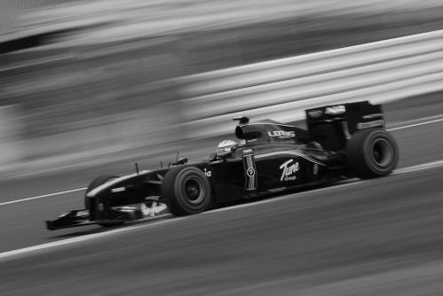 F11911m.jpg
