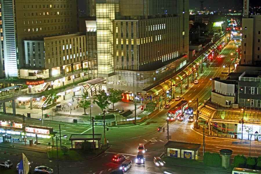高岡駅前夜景