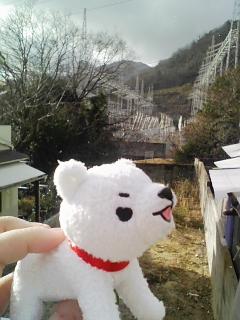 犬神「今度は雪だーーー!雪降ってるーーー」