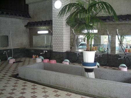 シャワー(大きい大浴場)