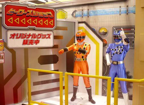 ナムコアクションミュージアム 東映ヒーローワールド 烈車戦隊トッキュウジャー トッキュウ2号&トッキュウ6号
