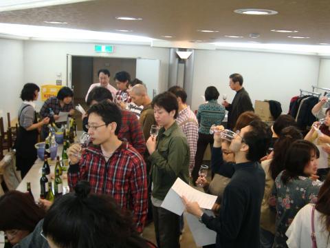 2011大ワイン試飲会写真3