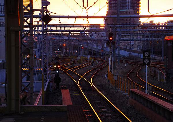 大阪駅構内の夕景