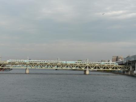 浅草・吾妻橋付近 東武スカイツリーライン 特急スペーシア 3