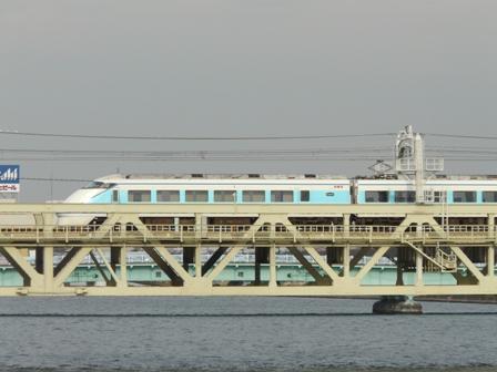 浅草・吾妻橋付近 東武スカイツリーライン 特急スペーシア 2