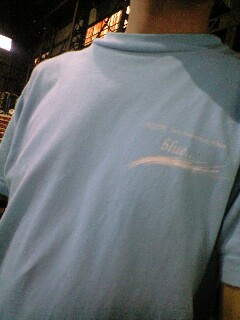 blueTシャツ