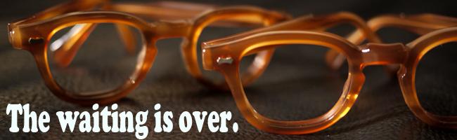 johnnydepphawaiisland.png 316KB (461 x 542) aMBER TART OPTICAL ステットソン ウィペット STETSON ジョニーデップ タート アーネル オプティカル ジェームスディーン べっ甲眼鏡 めがね