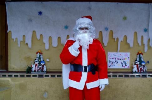 2007-07-14 25年12月12日誕生会風景、サンタクロース 041 (800x527)
