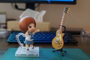 ガチャ ギターとマコ