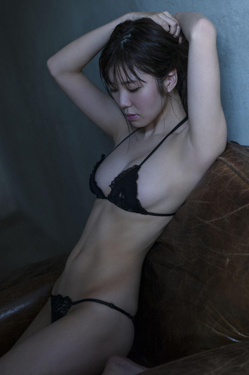 金子栞2-14
