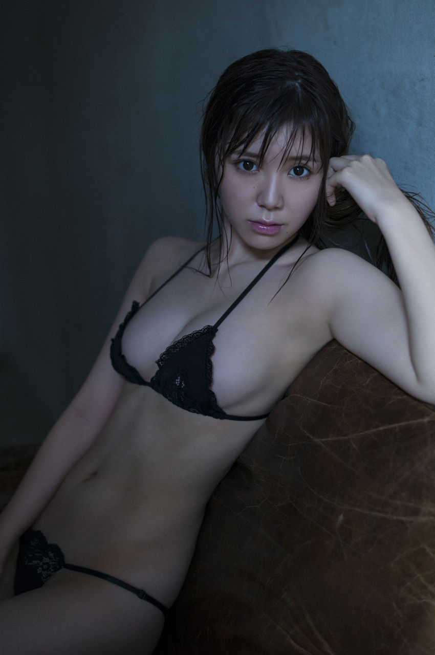 金子栞2-17