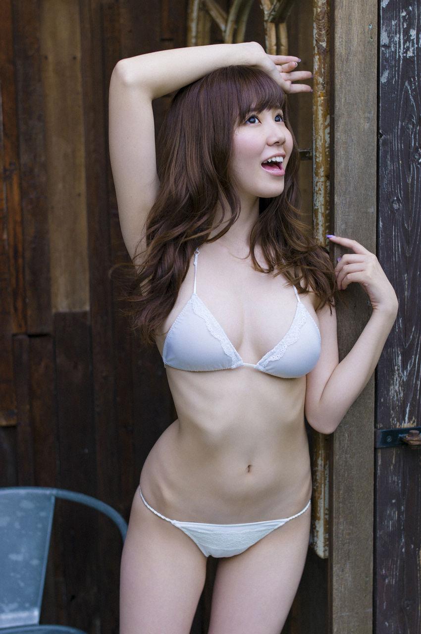 金子栞2-22