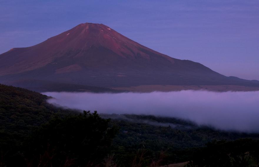2012 08 25山中日の出前5s