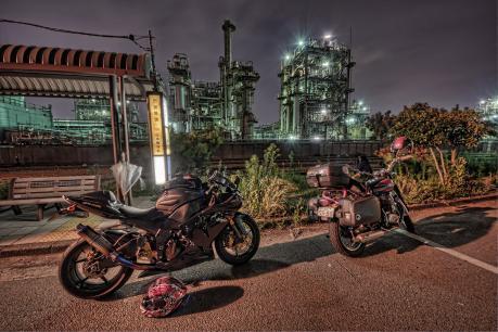川崎臨海工業地帯とバイク