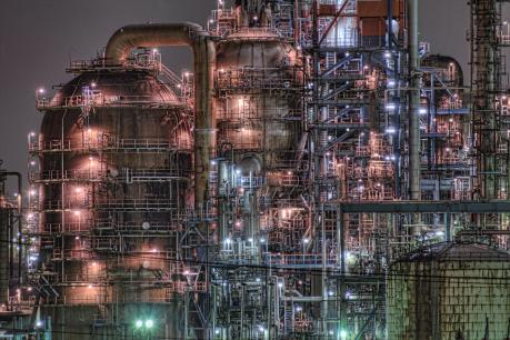京浜工業地帯_川崎の東亜石油水江工場