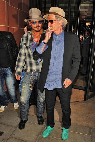 Johnny+Depp+Keith+Richards+spotted+leaving+XbgYqMWfBPul.jpg