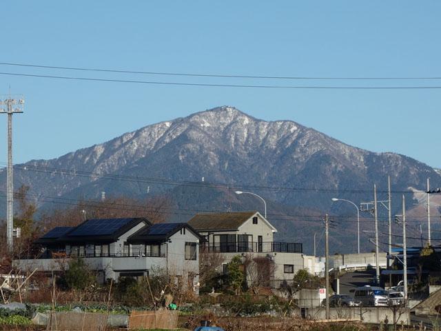 大山に雪が