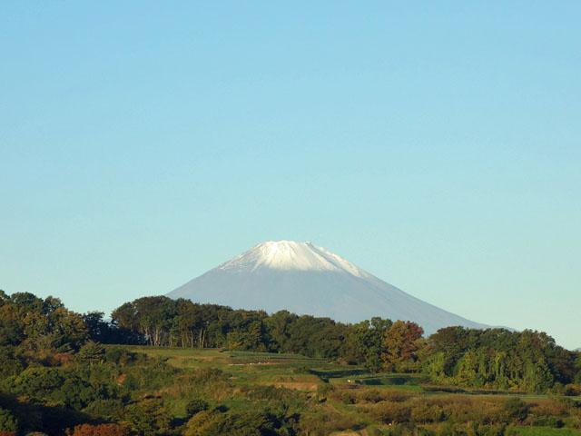 富士山に雪が