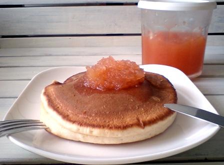 リンゴジャムとシナモンのホットケーキ♪