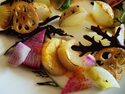 mono12-13 北海道産帆立のグリルと季節の根菜のサラダ仕立て・オーシャン蜜柑のソースと泡3