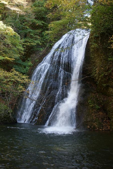 峨瓏(がろう)の滝792