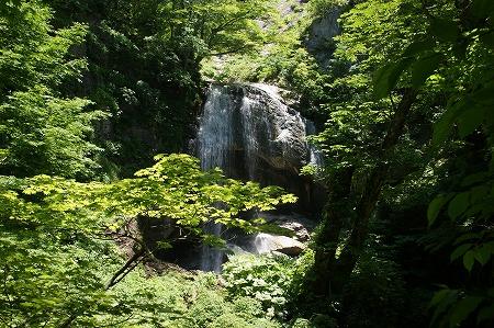 湯の又大滝1822