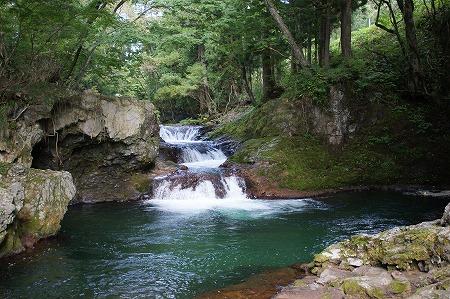 伏伸の滝20122008