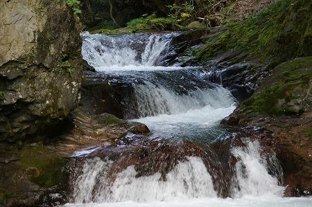 伏伸の滝20122009