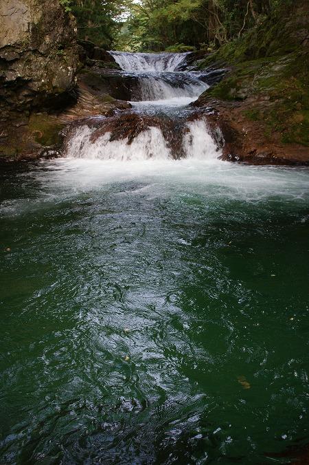 伏伸の滝20122010