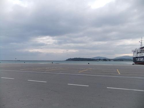 ヴォロスの港