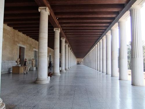 アタロス柱廊博物館