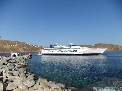 セリフォス_リヴァディの港