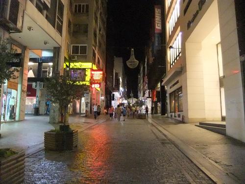 アテネ_夜のエルムー通り
