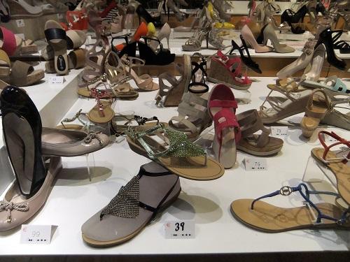 アテネ_エルムー通りの靴屋さん
