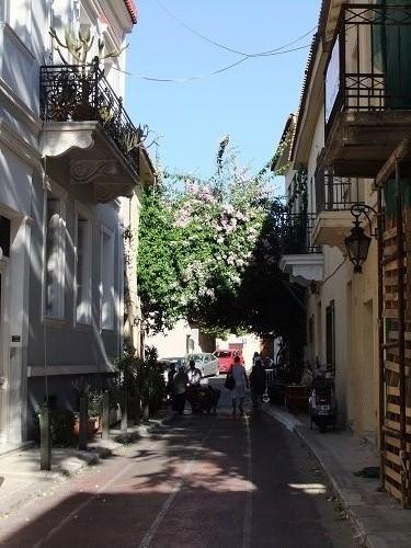 アテネ_プラカの通り