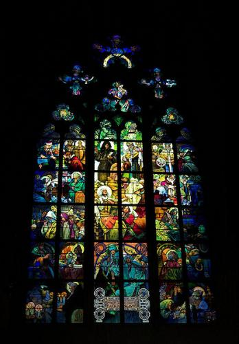 417px-St__Vitus_Cathedral,_Muchas_window