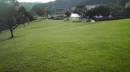 グリーンピア三木芝生2