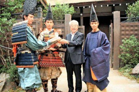 神戸市長が制作現場訪問