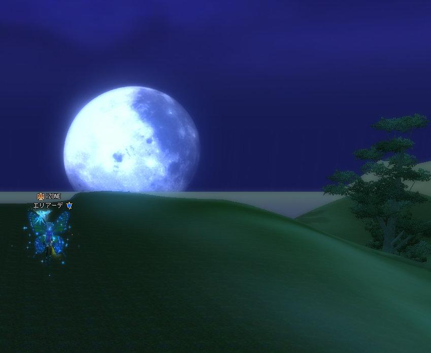 月が綺麗(´・ω・`)