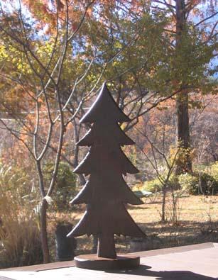 H251201木彫りの樅の木