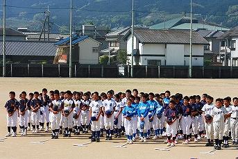 20120429 スポ少葛城市予選開会式 (1)