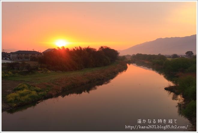 巨瀬川 朝焼け (1)