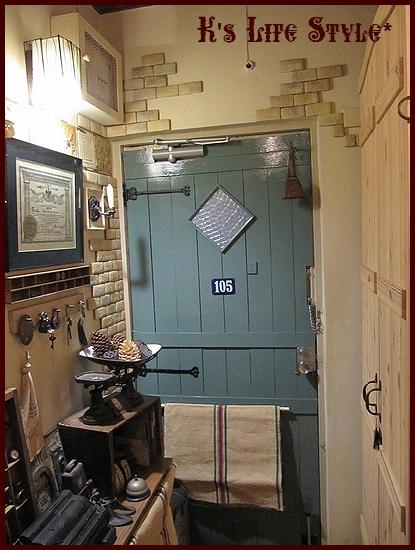 ドアの色.jpg