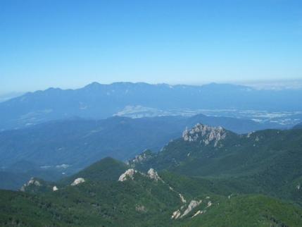 瑞牆山と八ヶ岳